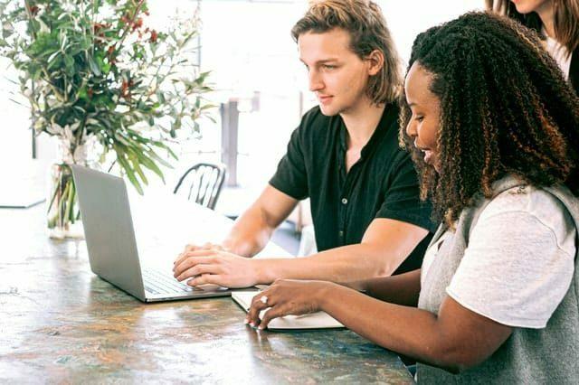 samenwerken - copywriter voor overheid en onderwijs Het Schrijfpaleis