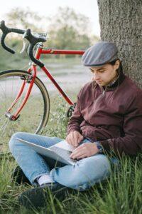 openingspercentage verhogen - fietser op laptop